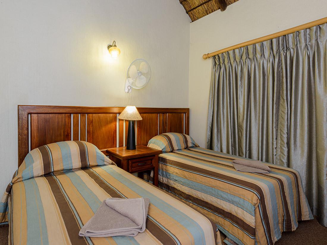 4 Bedroom Apartment - Dikhololo